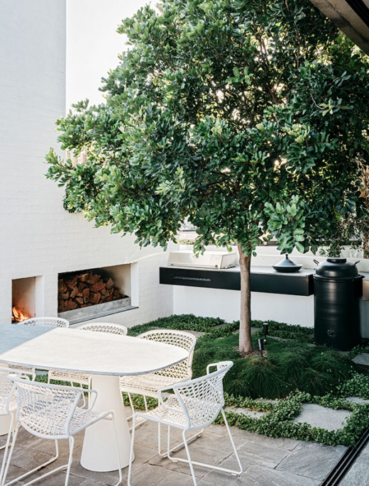 A Factory Rooftop Turned Lush Penthouse Garden
