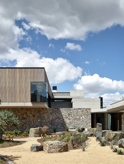Australia's Answer to Palm Springs' iconic Kaufmann House